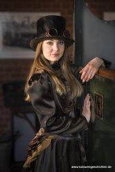 Steampunk Outfit Jacke, Rock und Rüschenteil