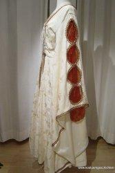 Mittelalterkleid mit Schlitzärmeln