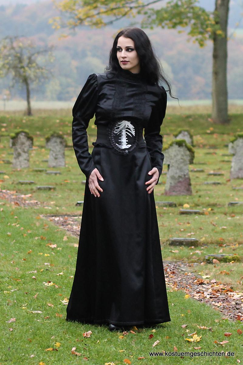 victorian gothic kleid viktorianische kost me und steampunk mode. Black Bedroom Furniture Sets. Home Design Ideas